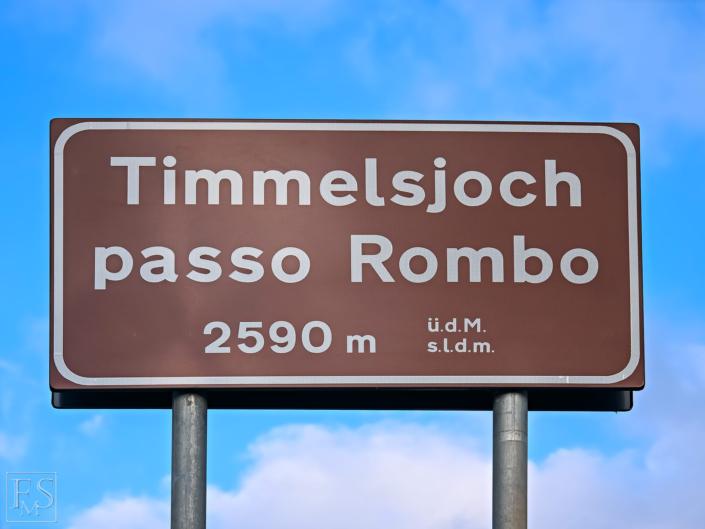 Timmelsjoch Hochalpenstrasse 09 08 2018 EM195229 705x529 - Start